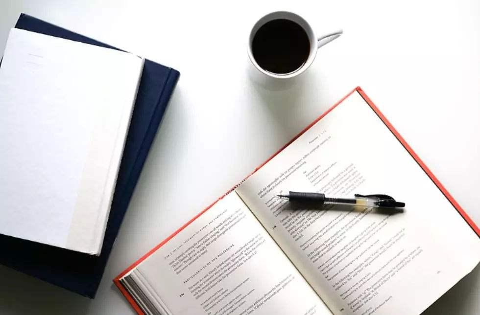 Essay开头怎么写