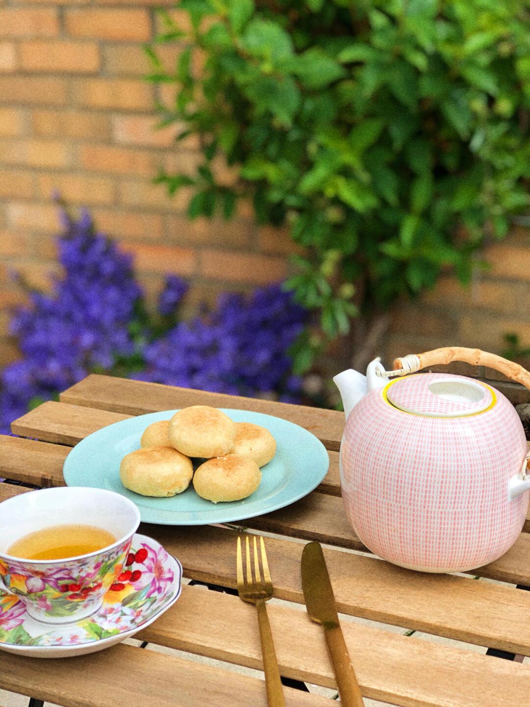 在英国买一套花园小洋房需要多少钱